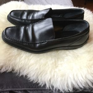 Tod's 10 Drivers Loafers Black Italian Leather
